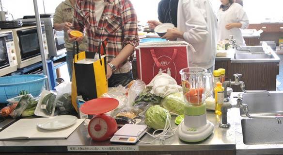 撮影用のダイエット料理の準備風景