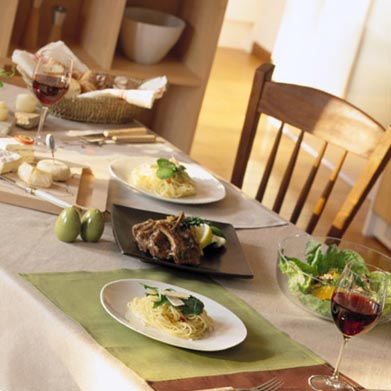 地中海地方の食卓イメージ