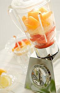 フルーツジュースにたくさんの栄養素を詰め込もう