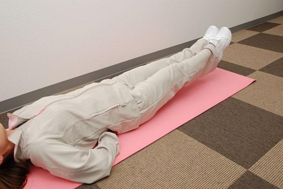 20秒腹筋-腰が浮かないようにするポイント