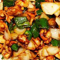 と 物 鶏肉 炒め カシューナッツ の