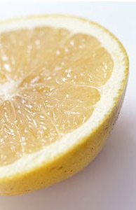 ビタミンCを豊富に含んださわやかな酸味のグレープフルーツ